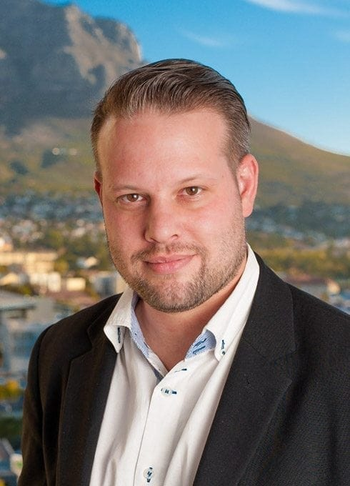 South African Corporate Magician Marcel Oudejans